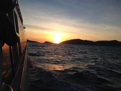En el ferry camino a Hayman Island. Alrededor de las 6:15 am
