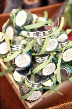 Green wedding favors, spring wedding ideas, DIY wedding gifts for guests Wedding Favour Jars, Wedding Favours Luxury, Homemade Wedding Favors, Creative Wedding Favors, Inexpensive Wedding Favors, Wedding Favors For Guests, Cute Wedding Ideas, Bridal Shower Favors, Wedding Gifts