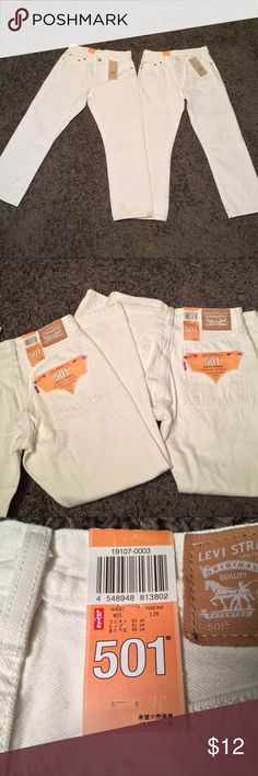 👀 NWT White 501 Button Fly Levis 👀 NWT and white in color. The size is W25 and L26. While the jeans are new, there are various black smudges here and there. I didn't want to wash them because I didn't want to take away from the fact they're new. However it looks like the smudges will come out 😉 Levi's Jeans Straight Leg