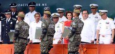 """""""La Fuerza Civil de Veracruz representa la siguiente etapa del Nuevo Modelo Policial y la estrategia de seguridad del Gobierno del Estado, el agrupamiento se sustenta en la dignificación, preparación y equipamiento de los elementos"""", expresó el Gobernador."""