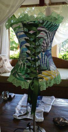 lampara inspirada en corset trasero