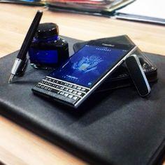 "#inst10 #ReGram @kazatell: #parker #blackberry #passport #bbpassport #bbclick #keyboard #bbluxury ...... #BlackBerryClubs #BlackBerryPhotos #BBer ....... #OldBlackBerry #NewBlackBerry ....... #BlackBerryMobile #BBMobile #BBMobileUS #BBMobileCA ....... #RIM #QWERTY #Keyboard .......  70% Off More BlackBerry: "" http://ift.tt/2otBzeO ""  .......  #Hashtag "" #BlackBerryClubs "" ......."