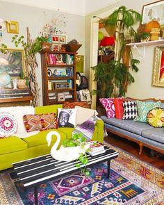 53 Bohemian Style Home Decors With A New Designs > Fieltro. Cheap Home Decor, Diy Home Decor, Living Room Designs, Living Room Decor, Bedroom Decor, Style At Home, Deco Retro, Bohemian Interior, Eclectic Decor