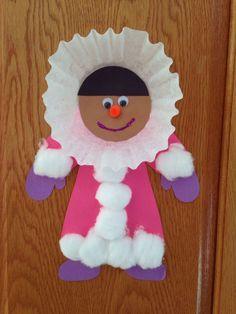 Eskimo craft - winter craft - preschool craft daycare crafts, k crafts, classroom crafts Winter Preschool Crafts Toddlers, Preschool Projects, Daycare Crafts, Winter Crafts For Kids, Classroom Crafts, Preschool Art, Winter Fun, Toddler Crafts, Craft Activities