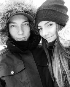 Ski Jumping, Skiing, Winter Hats, Couple Photos, Couples, Fashion, Ski, Couple Shots, Moda