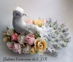 Gallery.ru / Фото #27 - Птичья тема - Ryazanochka-II Chocolate Flowers, Chocolate Bouquet, Candy Flowers, Paper Flowers, Edible Bouquets, Candy Crafts, Sweet Stories, Candy Bouquet, Chocolate Gifts