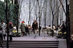 pocketpark nyc_paley_park_steps_water_wall_xlarge