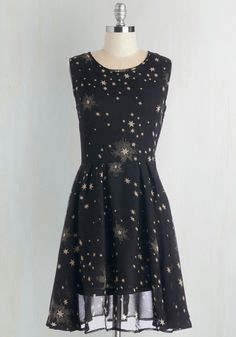 Illumination Sensation Dress. You can leave the glitter at home when you sport this printed black dress! #black #modcloth