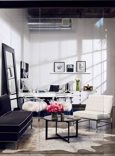 Glamorous office in L.A.