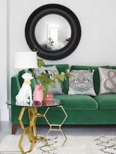 47 Inspiring Emerald Green Sofa Designs For Living Room. The range of colours for the cool scheme extends beyond the simple blue plus white equation, since a greater range of colours and non colours c. Elegant Living Room, Cozy Living Rooms, Living Room Decor, Living Room Color Schemes, Living Room Designs, Colour Schemes, Green Sofa Design, Emerald Green Sofa, Green Velvet Sofa