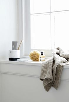 bathroom styling Home is better with U, with Urbanara - Hege in France