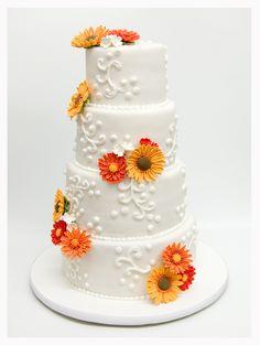 Tarta de bodas de cuatro pisos con girasoles de azúcar de Florentine Cupcake