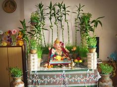 On this auspicious festival, decoration has to be superb. We can find variety of Ganesh Chaturthi decoration ideas here. wish Happy Ganesh Chaturthi Eco Friendly Ganpati Decoration, Ganpati Decoration Design, Mandir Decoration, Ganapati Decoration, Gauri Decoration, Festival Decorations, Flower Decorations, Wedding Decorations, Diwali Decorations