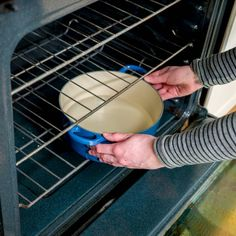 How to Steam Clean Your Oven — The Family Handyman Deep Cleaning Tips, Steam Cleaning, Toilet Cleaning, House Cleaning Tips, Cleaning Solutions, Spring Cleaning, Cleaning Hacks, Weekly Cleaning, Cleaning Closet