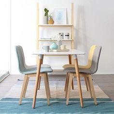 ¿Quién se apunta a una cena en este bonito comedor?  Nuevas sillas Aruba & Estantería Twix & Mesa Slow