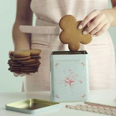 It's time to let the Christmas cookie baking begin. Photo credit to Manuela Kjeilen. #Christmas #Xmas #Cookie #Baking #BakingTime #ManuelaKjeilen #Greengate #GreengateOfficial @Passionforbaking @Greengateofficial