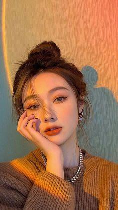 Korean Eye Makeup, Asian Makeup, Edgy Makeup, Simple Makeup, Korean Beauty Girls, Pretty Korean Girls, Asian Beauty, Aesthetic Makeup, Aesthetic Girl