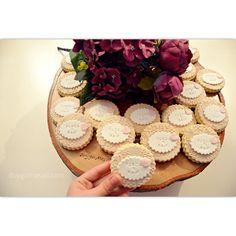 Funda Hanım ve Raif Bey'in nişan töreni için. Sonsuz mutluluklar ❤️ duygumasali.com #edirne #edirnepasta #edirnebutikpasta #butikpasta #butikkurabiye #cupcakes #sekerhamuru #foodpic #fondantcake #engagementcake #cookies #delicious #nisanpastasi #nişankurabiyesi #nişancupcake #instacake #cakestagram #instadaily #homemade #handmade #edirnekurabiye #edirnecupcake #nisanpastasi