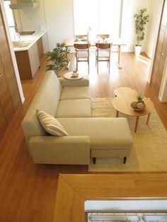 家具なび-アルダー材の家具でナチュラルコーディネート Bedroom Minimalist, Minimalist Home Decor, Minimalist Interior, Japanese Home Design, Japanese House, Cosy Decor, Japanese Living Rooms, Muji Home, Minimal House Design