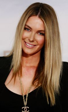 Hair Color.   Google Image Result for http://0.tqn.com/d/beauty/1/0/J/9/1/great_hair_color_brown_blonde.jpg