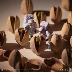Astronauts investigate reports of strange alien creatures.