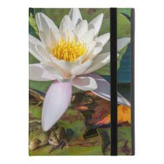 """Protection iPad Pro 9.7"""" Une grenouille sous une fleur de nénuphar"""