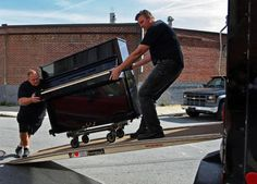 Moving a piano has its own roles and guidelines. Starting from the moving process to the storage conditions, a piano should be kept covered and out of harm's of climate changes. This is only the tip of the ice and we at Metropolitan Movers understand that perfectly well.