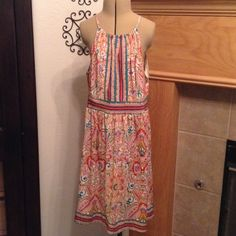 LONDON TIMES-14 PETITE-DRESS Beautiful colors green, blue, burnt orange, coral, and brow-has a slit in the front-correlating designs on waist and him-top half is lined-very pretty-like new London Times Dresses Midi