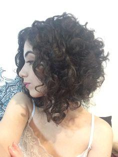 Hair after transformation Edith Para as cacheadas at the crespas, dormir sem desmanchar operating system Curly Hair Cuts, Medium Hair Cuts, Short Curly Hair, Short Hair Cuts, Medium Hair Styles, Curly Hair Styles, Curls For Long Hair, Hair Dos, Hair Lengths