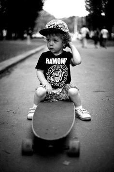#skate #livinglikeme Rocking a Ramones tee and longboard. Perfect. Baby Boy Swag, Camouflage Clothing, Underwear, Boys, Outfits, Clothes, Young Boys, Outfit, Outfit