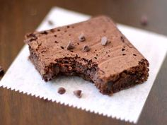 Please vote for my (secretly healthy) Fudge Brownie recipe :D It's super easy! ♥