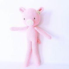 Nuevo muñeco cerdita  Buen lunes!! . .. .................... Shop: ☆ artesesa.bigcartel.com☆ ..................... .. #artesesa#amigurumi#amigurumis#muñeco#muñecos#dolls#regalo#gift#regalos#gifts#babyroom#kidsdeco#madeinspain#toy#juguetes#style#pretty#original#cool#chic#fashion#crochet#kidsstyle#niñosfelices#pregnant#embarazo#mibebé#mybaby#bonito#reciénnacido