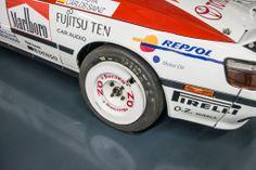 Após o lançamento do novo #Toyota TS040 #Hybrid, aqui fica um raro olhar para alguns dos lendários carros de competição presentes no museu da Toyota Motorsport.