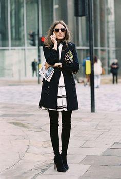 11 cách biến tấu sành điệu cùng váy trong mùa lạnh