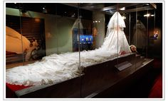 Who didn't want a dress JUST LIKE THIS ONE after watching the wedding??  The Train of Princess Diana's dress