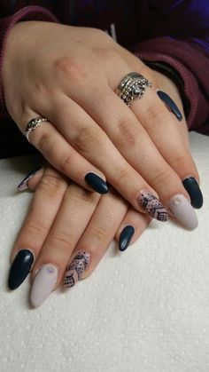 Your's Nails, Rings, Beauty, Jewelry, Finger Nails, Jewlery, Ongles, Bijoux, Jewerly