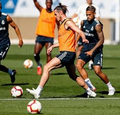 BALE-MARIANO!!...training session | RMAvsAlaves | LaLiga 2018-19 #halamadrid Fun Games, Real Madrid, Challenges, Training, Legs, Sports, Hs Sports, Work Outs, Sport