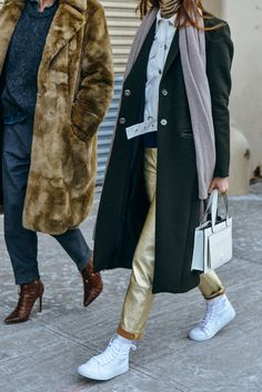 VEDA Ace gold leather pants and Legion wool coat photographed by Tommy Ton for the Best Street Style at the Fall Shows via Looks Street Style, Looks Style, Style Me, Cool Street Fashion, Street Chic, Street Wear, Paris Street, Tommy Ton, Comment Porter Des Vans