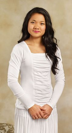 8022 - Knit Rouch Top