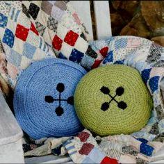 Button cushions by Debra Arch www.createanddecorate.com