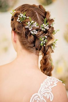 Beautiful Bridal style and wedding hair ideas by Katie Kav | www.onefabday.com