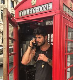 Can you imagine getting a call from this hunk?