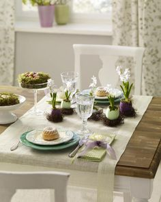 Table de Pâques épurée