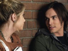 Caleb & Hanna--Pretty Little Liars Rhode Island, Caleb And Hanna, Pretty Little Liars Hanna, Best Tv Couples, Home And Away, Favorite Tv Shows, Couple Goals, Movie Tv, My Style