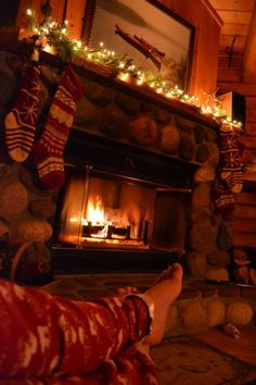 Deck The Halls Pinteres - Christmas cabin fireplace scenes