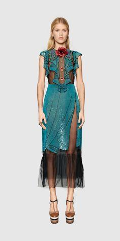 Gucci Look 9 - Women, Spring Summer 2016 Runway Collection Couture Fashion, Runway Fashion, Boho Fashion, High Fashion, Luxury Fashion, Fashion Outfits, Womens Fashion, Fashion Design, Ss16