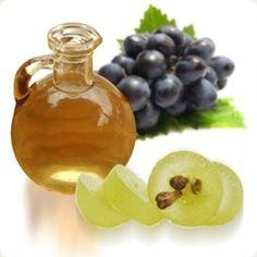 Si necesitas reducir y/o eliminar estrías, puedes aprovechar todos los beneficios que ofrece el aceite de semillas de uva.