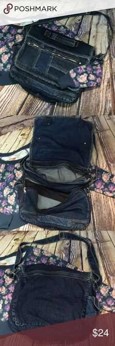 "ADORABLE DENIM MESSENGER BAG Super clean MESSENGER BAG with pockets inside and out.  14""x 12.5"" Bags Satchels"