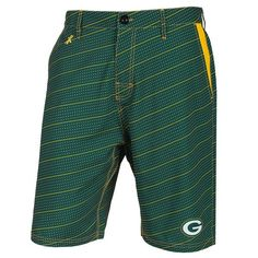 Officially licensed training shorts by Forever Collectibles. These shorts feature a quality team color pattern, commemorating the Green Bay Packers. These shorts are 93% polyester/7% elastane and include mesh pockets and an elastic waist drawstring. Officially men's sizes. #greenbaypackers #packers #nfl