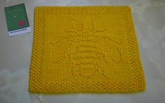 Wimbourne Wasps Afghan Block/Dishcloth by Marie Wright. Free pattern on Ravelry at http://www.ravelry.com/patterns/library/wimbourne-wasps